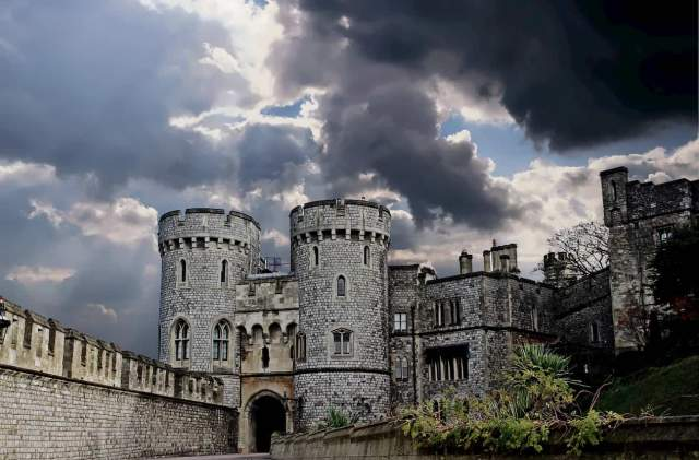 aged-architectural-design-castle-clouds-the-sum-of-travel