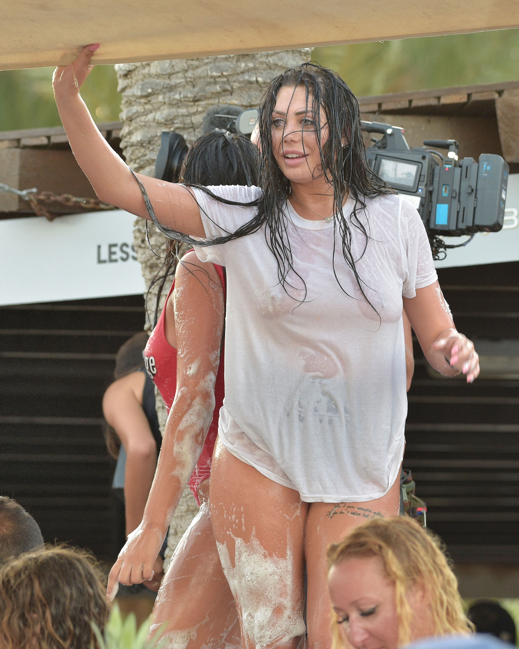 Wet Tshirt Contest Pic : tshirt, contest, Marnie, Simpson, Chloe, Ferry, Expose, Themselves, T-shirt, Competition, Party