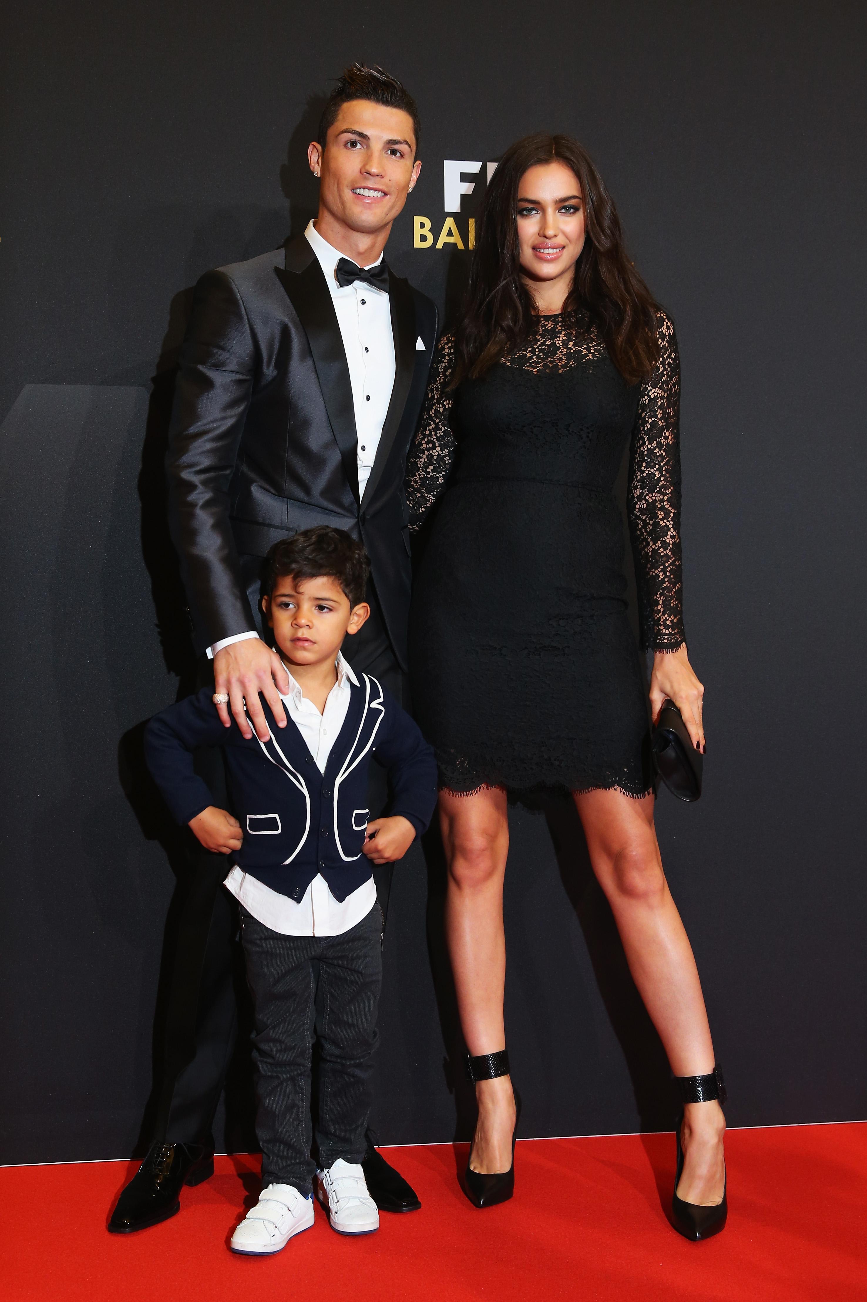 Kim Kardashian And Cristiano Ronaldo Pictures : kardashian, cristiano, ronaldo, pictures, Cristiano, Ronaldo, Kardashian, Kissing, Pictures