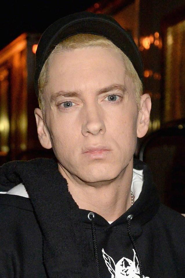 Eminem Natural Hair Color : eminem, natural, color, Eminem, Looks, Unrecognisable, Ditches, Peroxide, Blonde, Natural