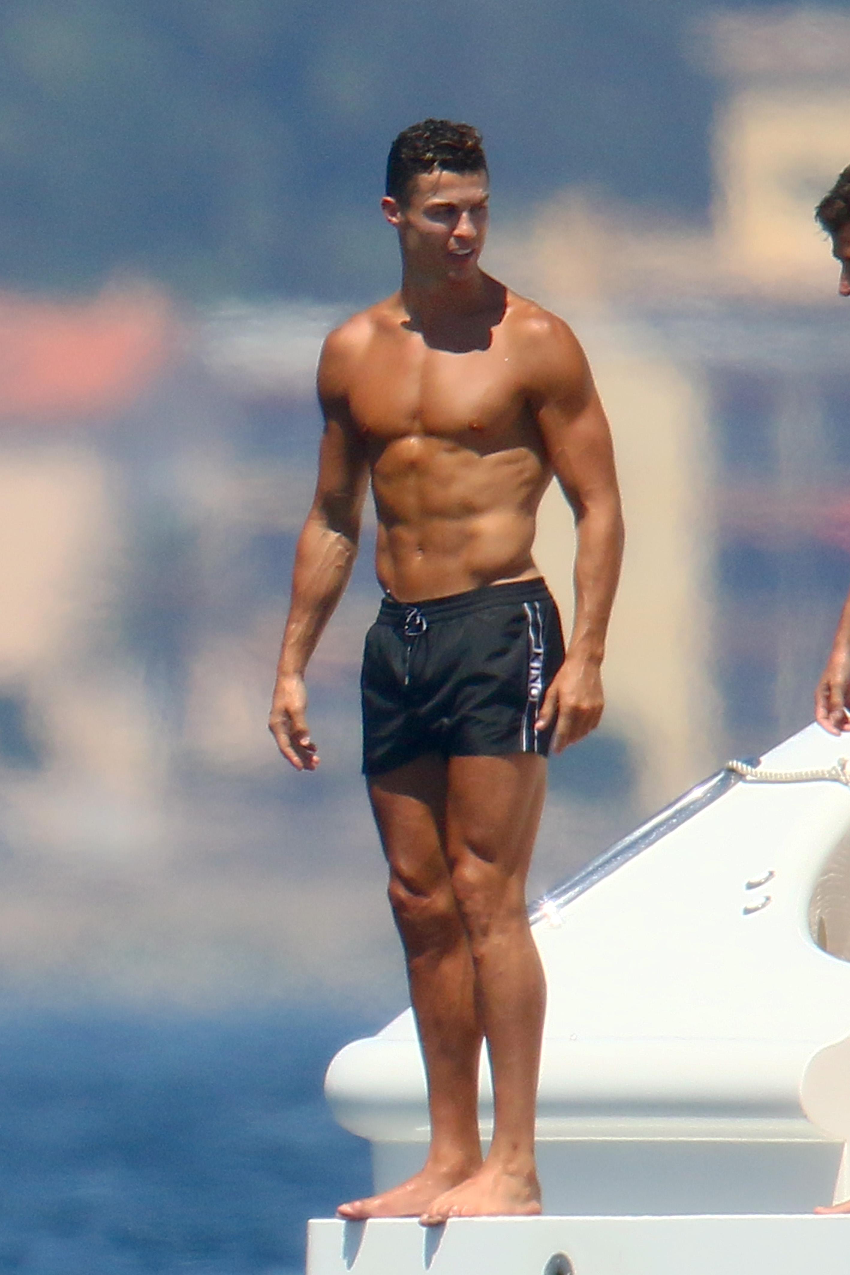 Ronaldo Muscle : ronaldo, muscle, Cristiano, Ronaldo, Muscle