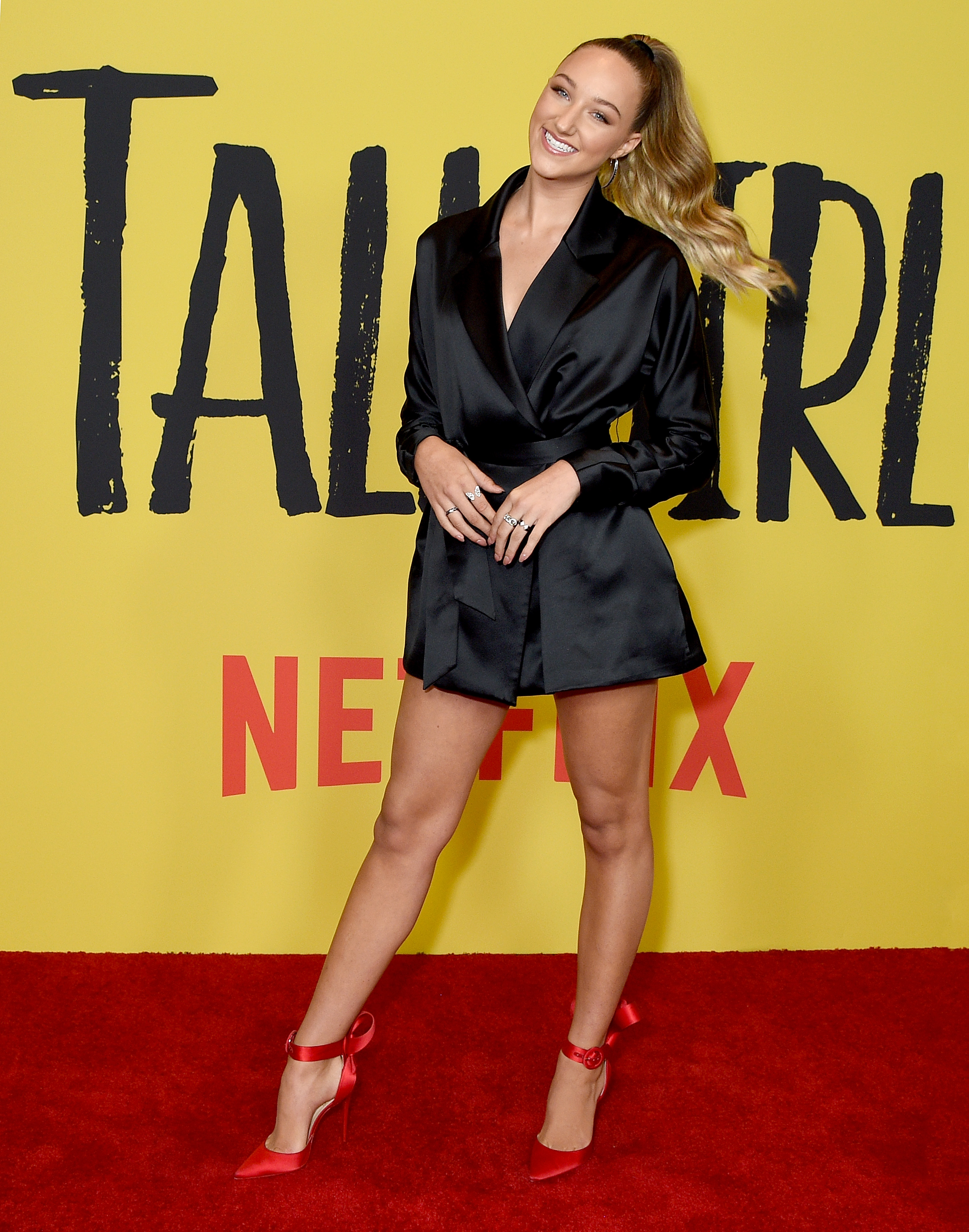 Tall Girl Film Streaming : streaming, Netflix's, Sparks, Outrage, Viewers, Protagonist, 'overreacting', About, Height, She's