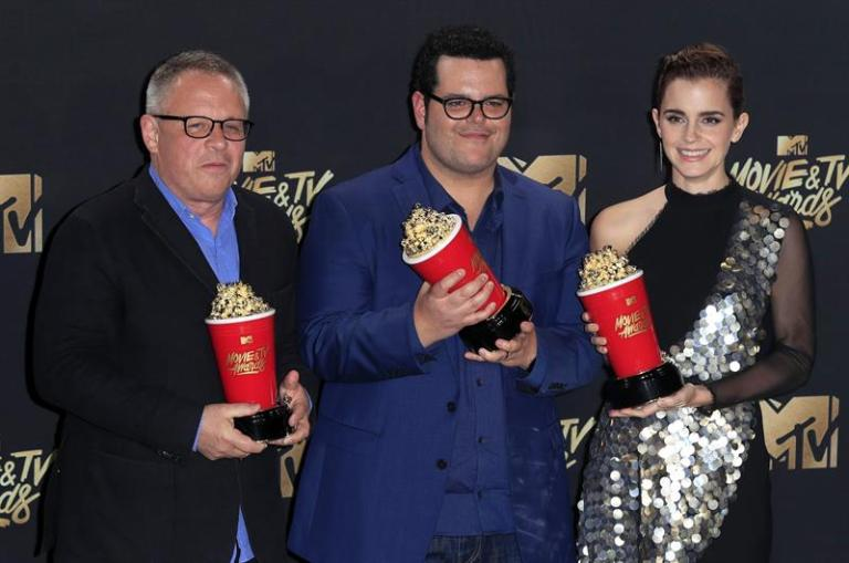 """""""Beauty and the Beast"""" triumphs at MTV Awards that claim diversity"""