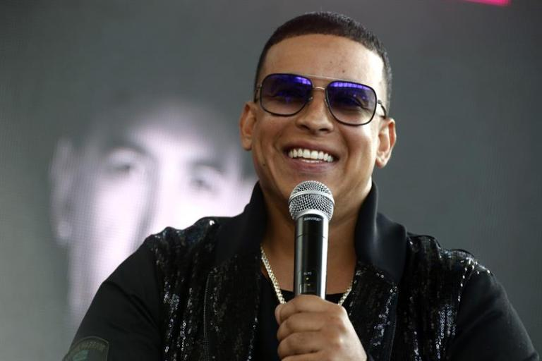 Daddy Yankee puts a million of his pocket to help Puerto Rico