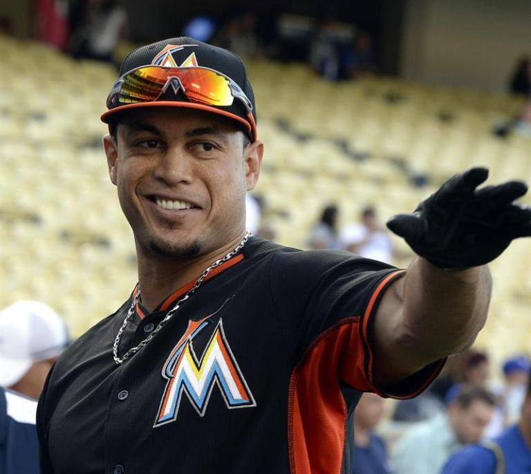 Stanton regains power and homers against the Phillies