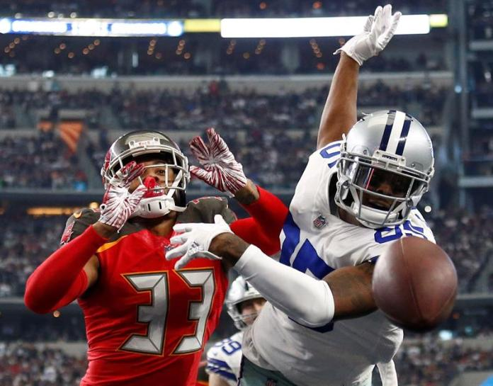 Patriots and Cowboys win division titles; Seahawks and Texans the jokers