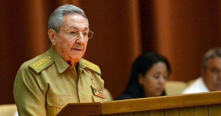 Raúl Castro announces his retirement as head of the Communist Party of Cuba