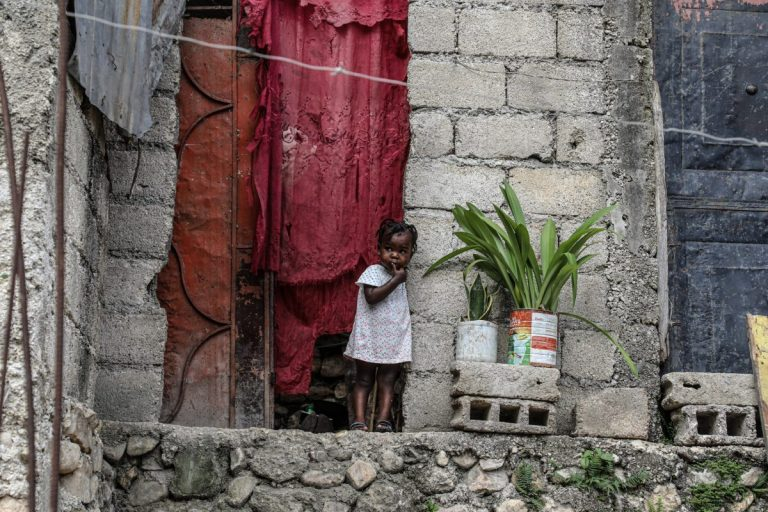 """Almost a third of Haiti's children need emergency aid """"urgently"""""""