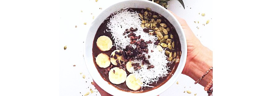 smoothie, coconut, cacao, antioxidant, almond milk, protein, nutrition, blogger, vegan, glutenfree, healthy, plant based, dairy free, recipe, fitness, eat, yummy