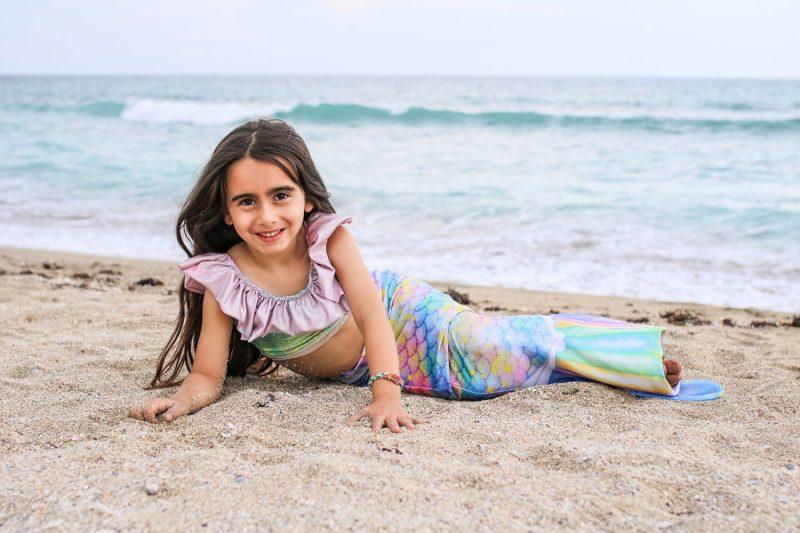 mermaid, fin fun, mermaid tail, mom blog, mom blogger, mommy blog, mommy blogger, 2018, family blog, parenting blog, the super mom life, thesupermomlife, travel blogger, parenting blogger, family blogger
