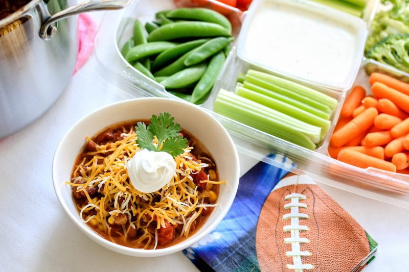Easiest Vegetarian Chili, vegetarian chili, chili recipe, recipe, Super Bowl recipes, best vegetarian chili recipes, 2019, mom blog, mom blogger, mommy blog, mommy blogger, family blog, parenting blog, the super mom life, thesupermomlife, parenting blogger, family blogger, food blogger
