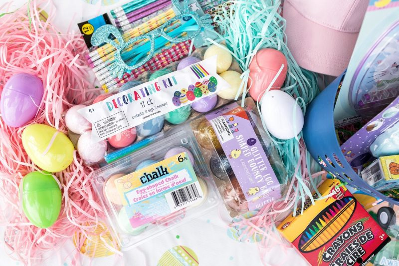 Inexpensive Easter basket ideas for Easter baskets on a budget