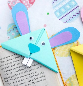 How to Make a Bunny Bookmark – Perfect for Easter and Spring