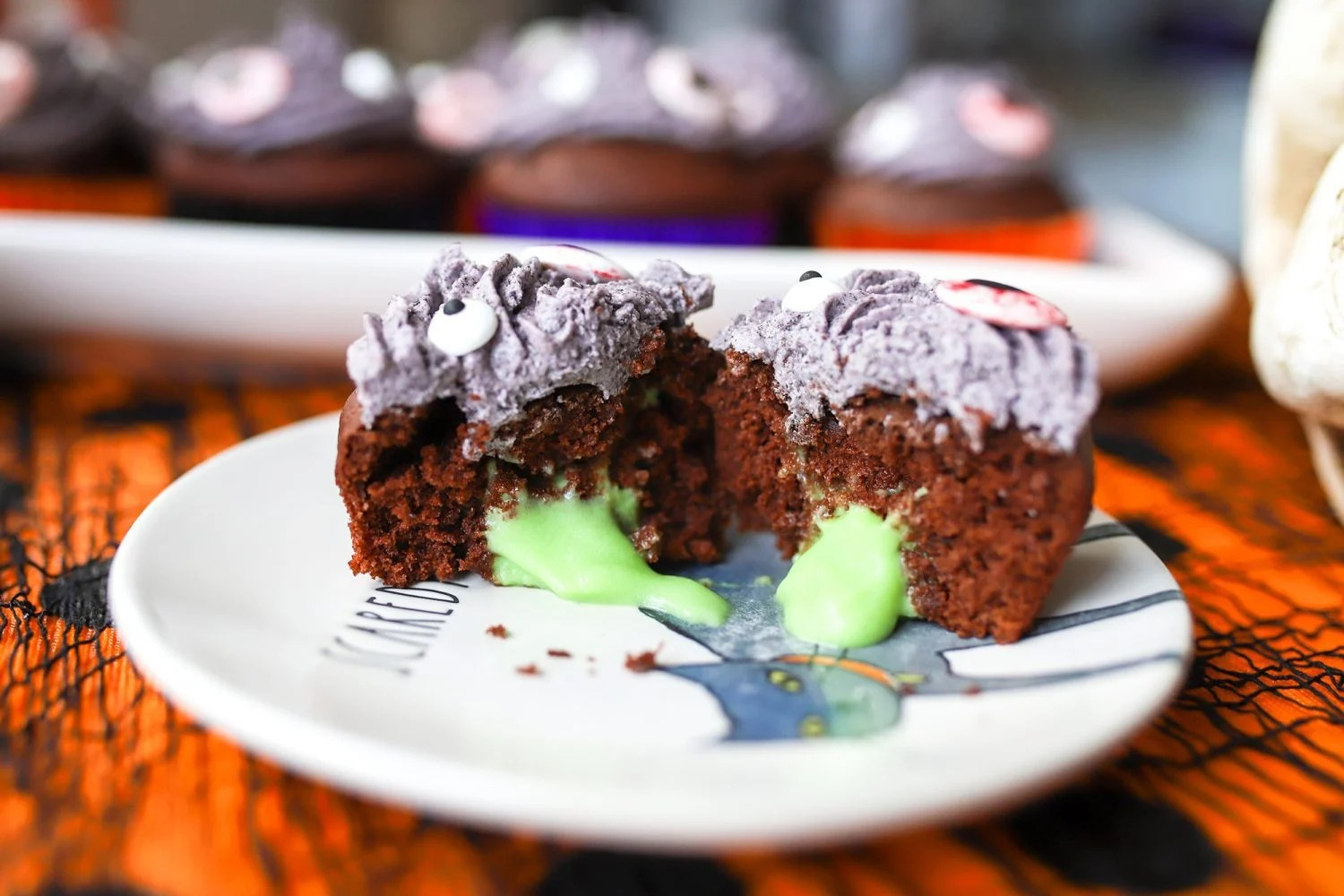 trick or treat halloween cupcake with pudding slime center