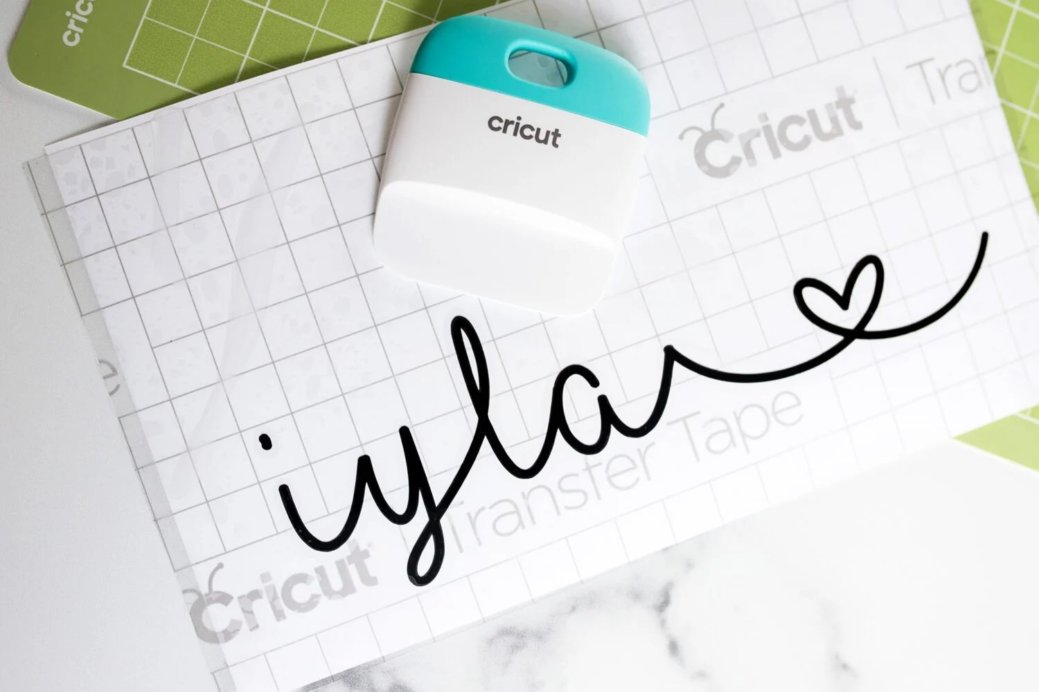 personalizing back to school with cricut