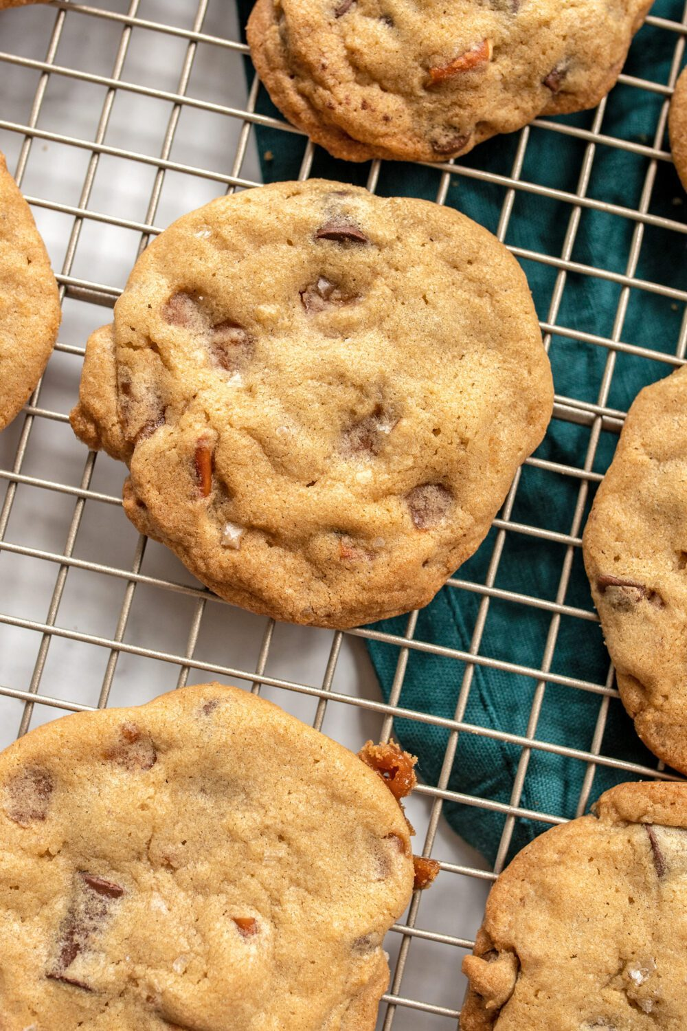 panera copycat kitchen sink cookies on a cooling rack