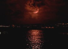 Blood moon over the Big Easy