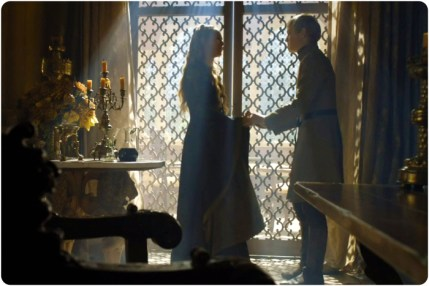 Tommen Cersei 3 Game of Thrones The Gift
