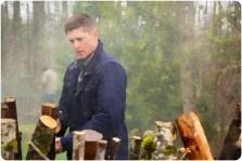 Dean builds pyre Supernatural The Prisoner