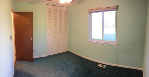 Bedroom 2 (Panoramic photo, walls may appear curved)