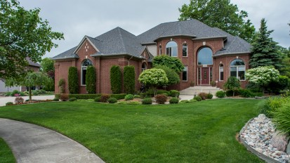 PENDING – 55979 Red Cedar, Shelby Twp
