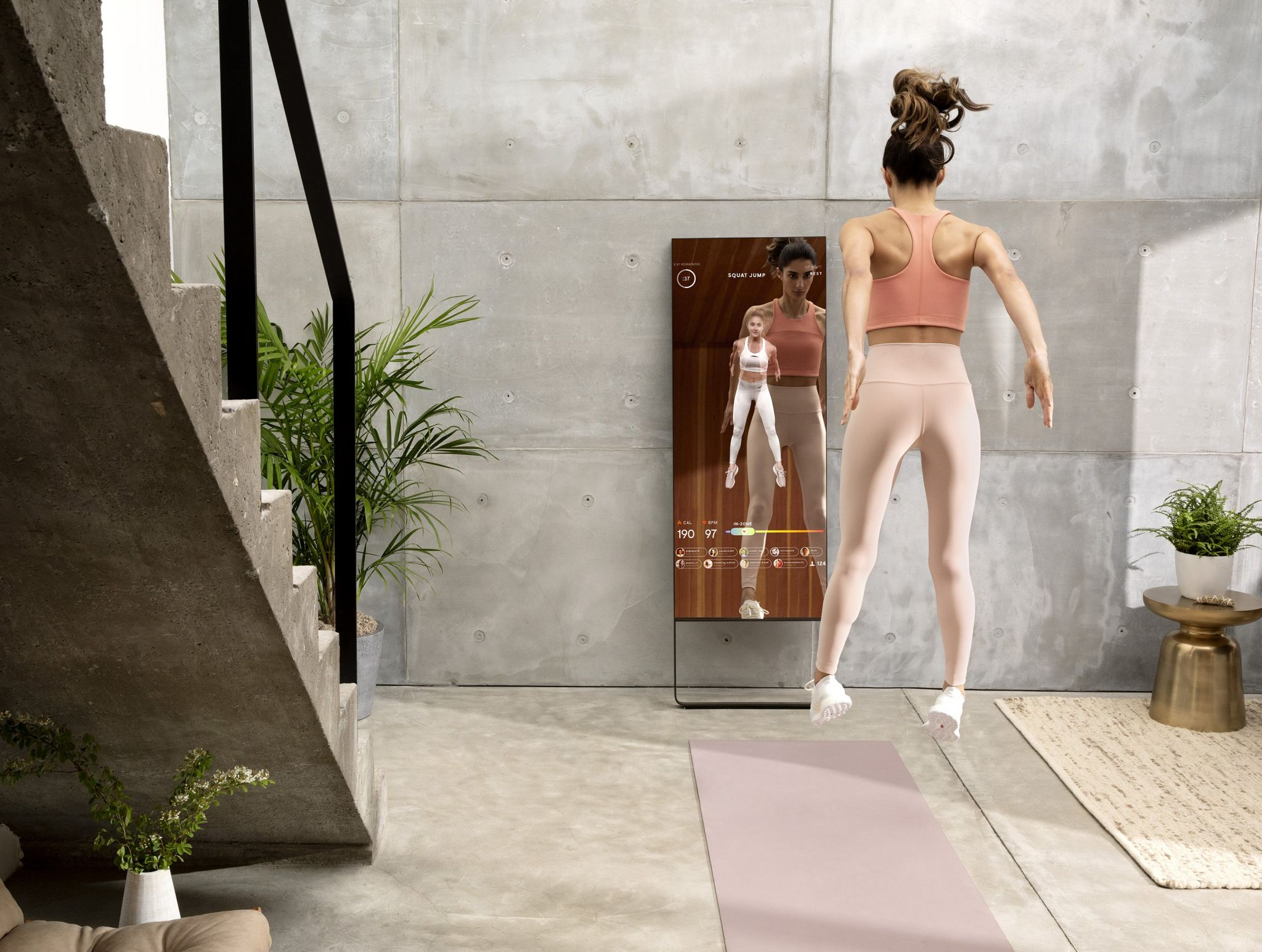 Lululemon Acquires Mirror