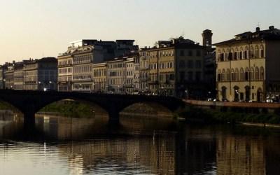 Lungarno e Oltrarno – Carnet de voyage à Florence 5 – La croix et l'étoile