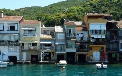 Dans la vapeur blanche des jours sans vent (Carnet de voyage en Turquie – 30 juillet) : Anadolu Kavaği et Rüstem PaşaCamii