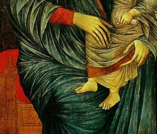 Détail de la robe de la Vierge