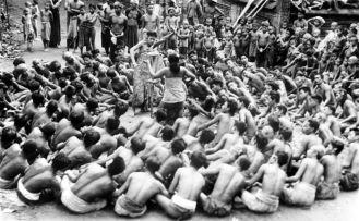 Cérémonie du Kecak en 1937 - Tropenmuseum