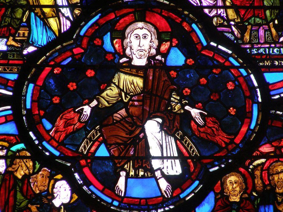 Le Christ de la Pentecôte - Vitrail de la Cathédrale de Bourges