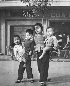Hanoi - Scène de rue - 1959 - Rév Miklós 4
