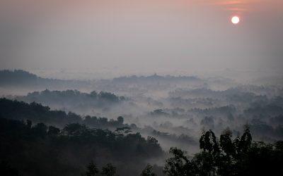 Yogyakarta stories #3 : Embrasser Borobudur du bout des lèvres