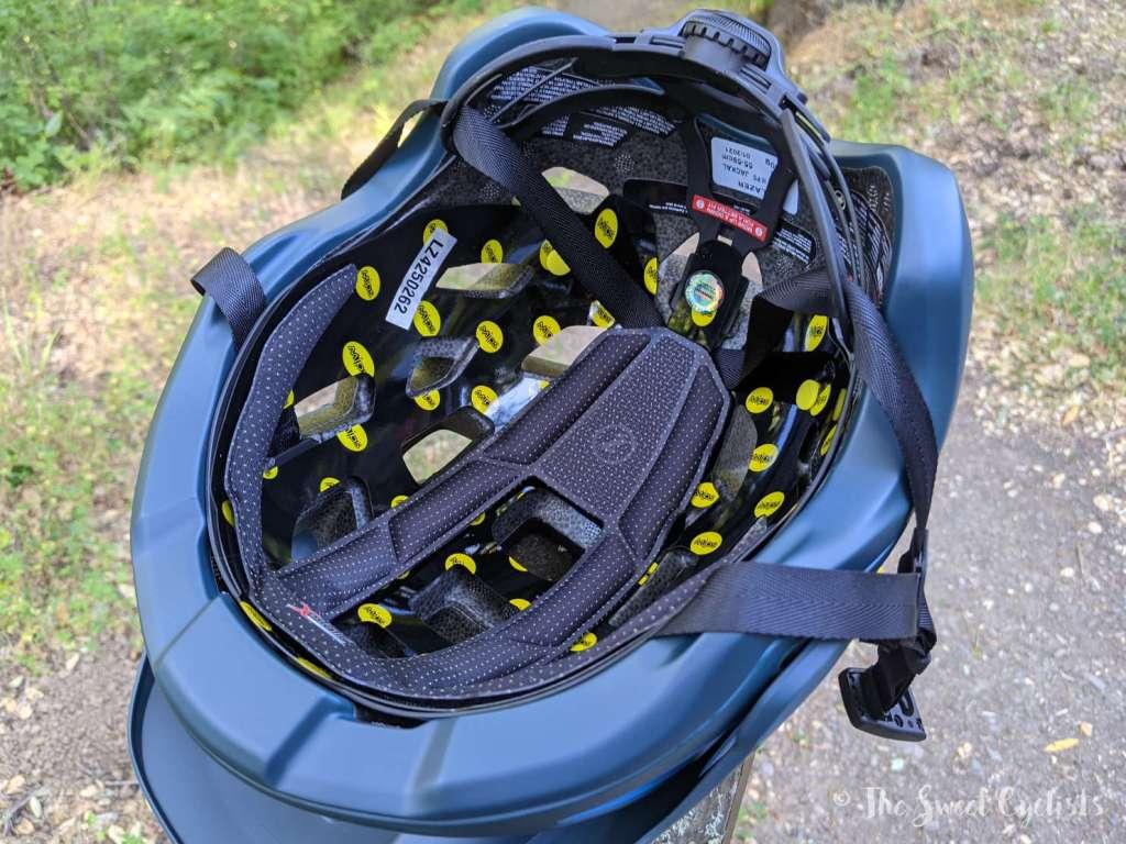 Lazer Jackal MIPS Helmet - Inside