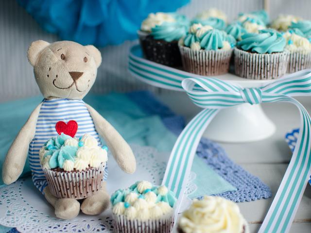 Mini Cakes and Cupcakes