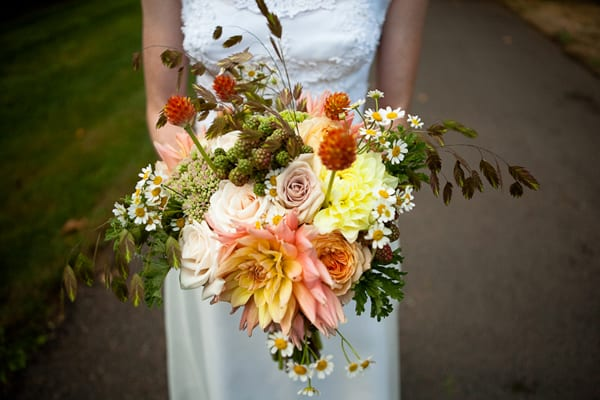 Orange-yellow-brown-autumn-fall-wedding-flowers-ideas