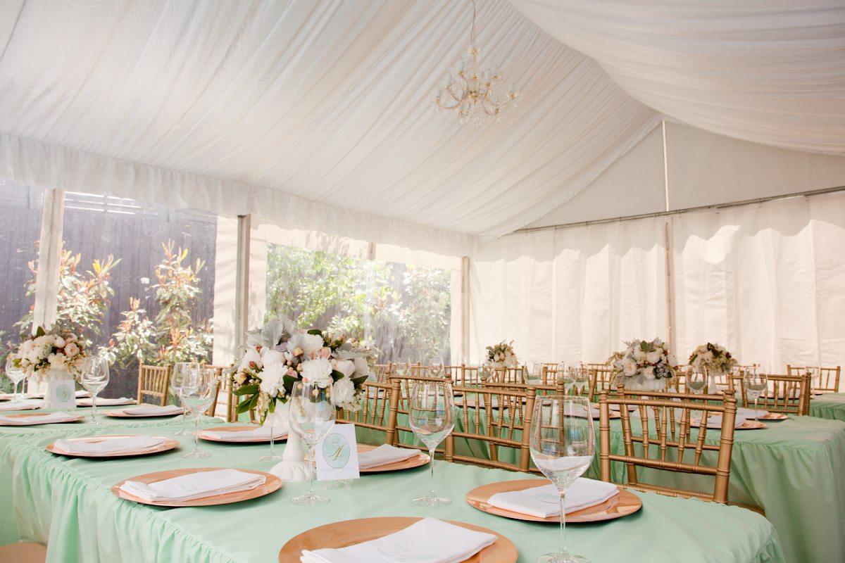 Elegant-mint-green-gold-reception
