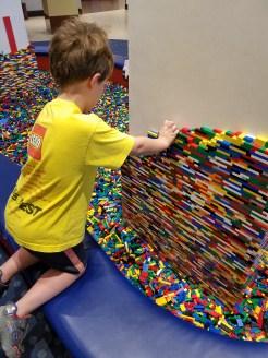 Kids can help build the pillars inside