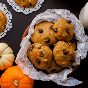GALLETAS DE CALABAZA CON CHISPAS DE CHOCOLATE {con video paso a paso}