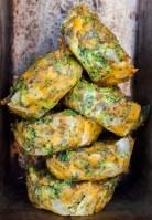 Receta de tortitas de brocoli con queso cheddar