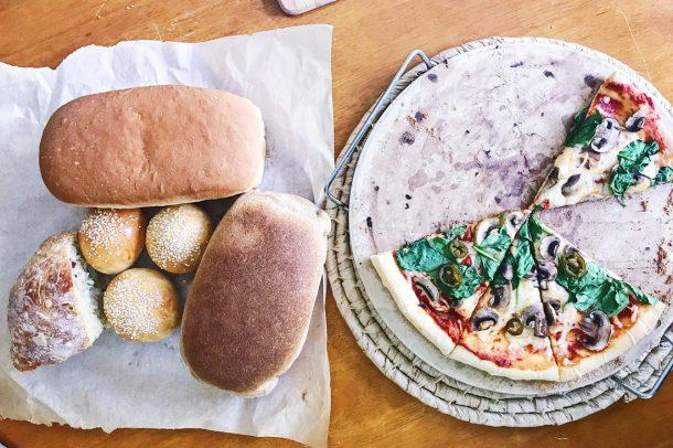 Panes hechos en el Manos a la Masa Workshop: Taller de Panadería Casera
