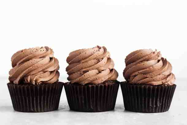 Chocolate Peanut Butter Cupcakes-7