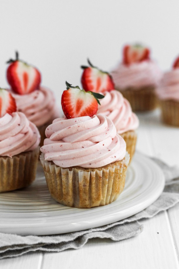Dish with strawberry cupcakes