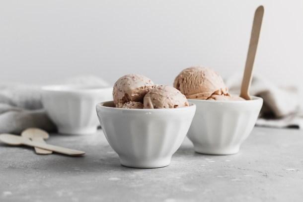 Roasted Strawberry Ice Cream-6