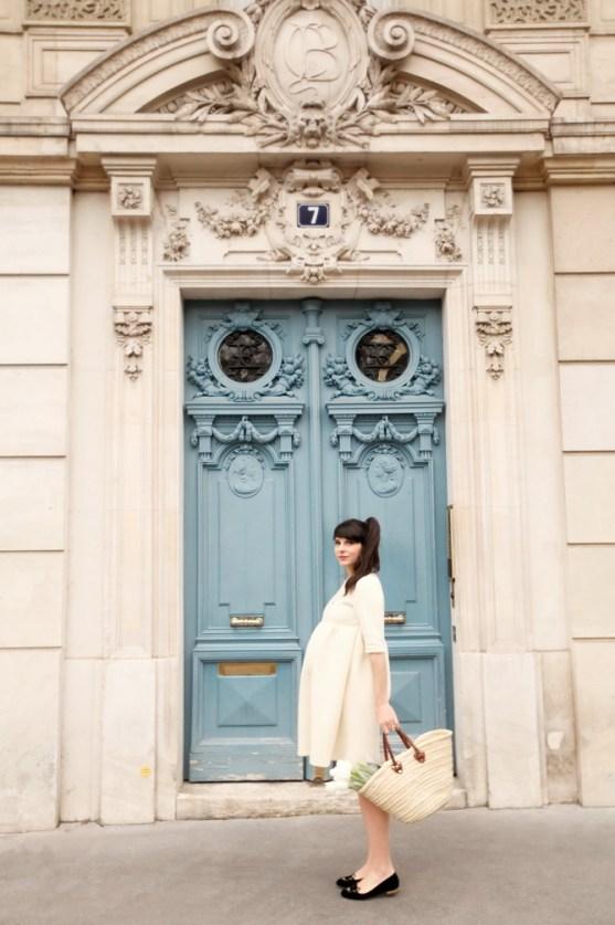 The-Cherry-Blossom-Girl-Paris-Blue-Door-05