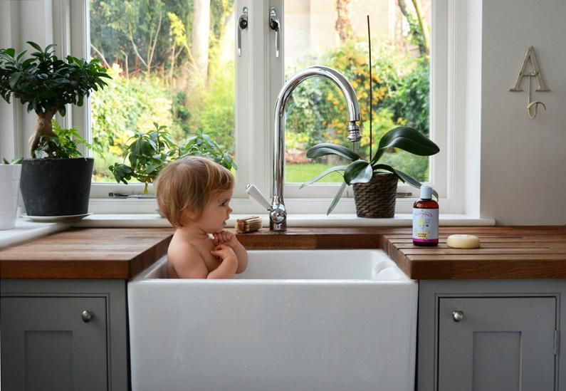 baby-bear-bath