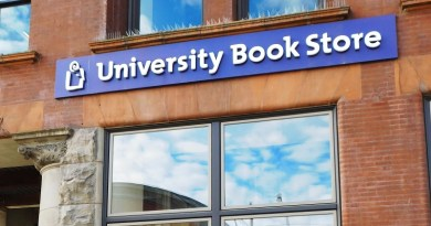 University Book Store hires new Tacoma store manager
