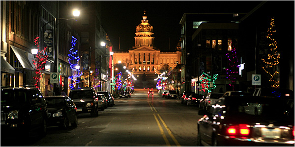 Des Moines' East Village in holiday spirit. (Photo courtesy of the New York Times)