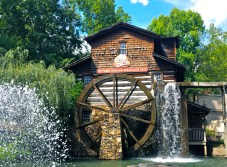 The Grist Mill- home of amazing cinnamon bread!