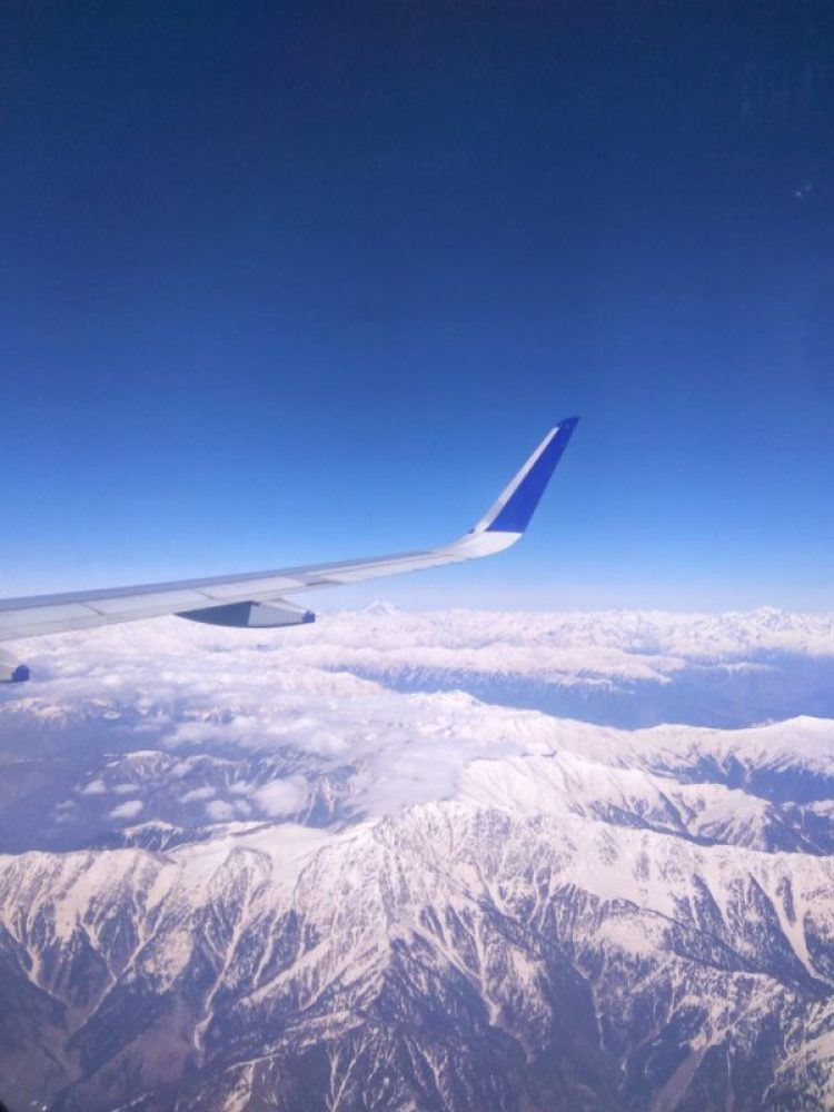 how to reach gulmarg